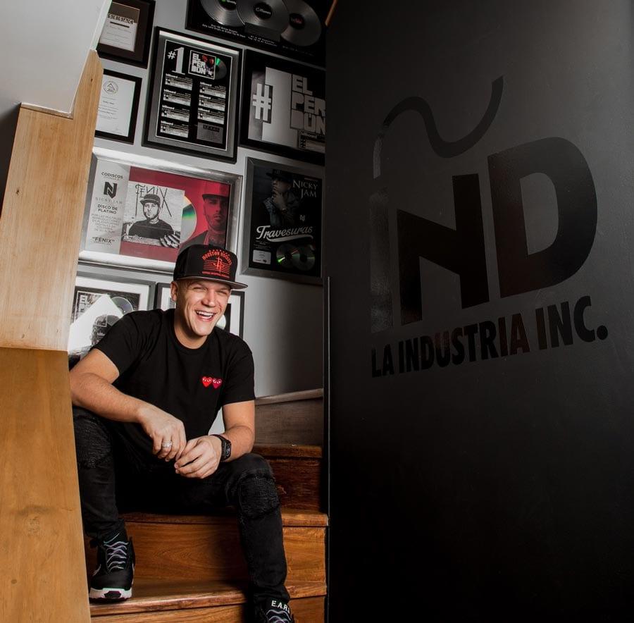 Juan Diego Medina La Industria INC 2heart