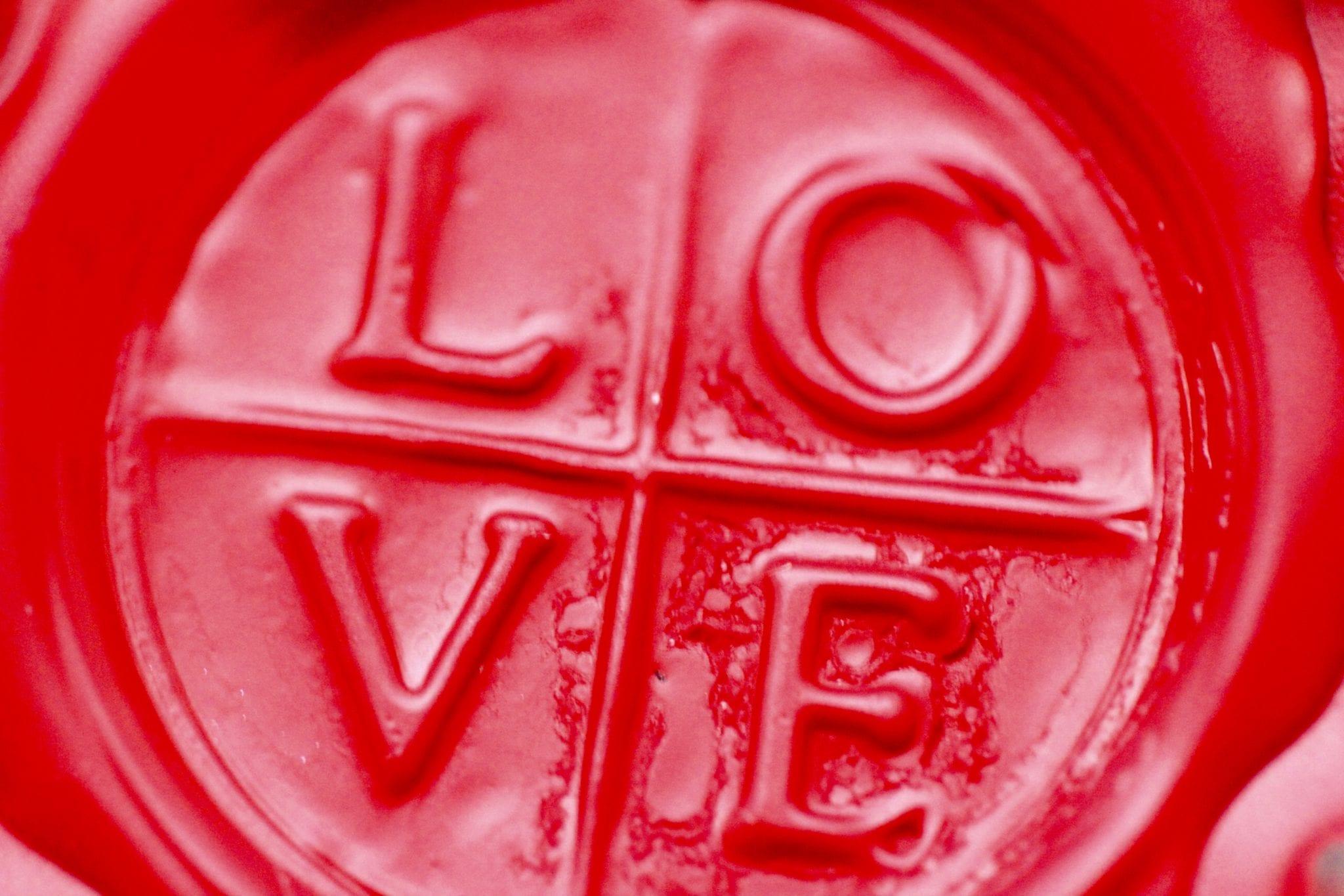 Estrategias Para Que Las Marcas Enamoren Y Sean Una Love Brand 2heart